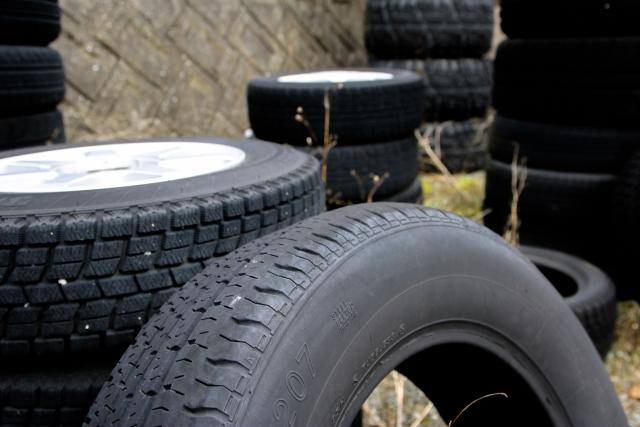 タイヤの具体的な処分方法と処分費用