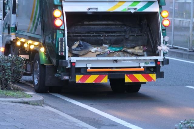 断捨離で出た不用品は回収業者に持って行ってもらおう!