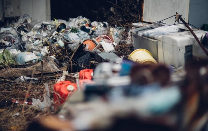 不用品が溢れたゴミ屋敷